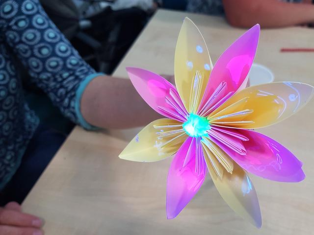 UV flower